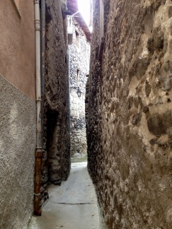 narrow street in saint-martin vesubie